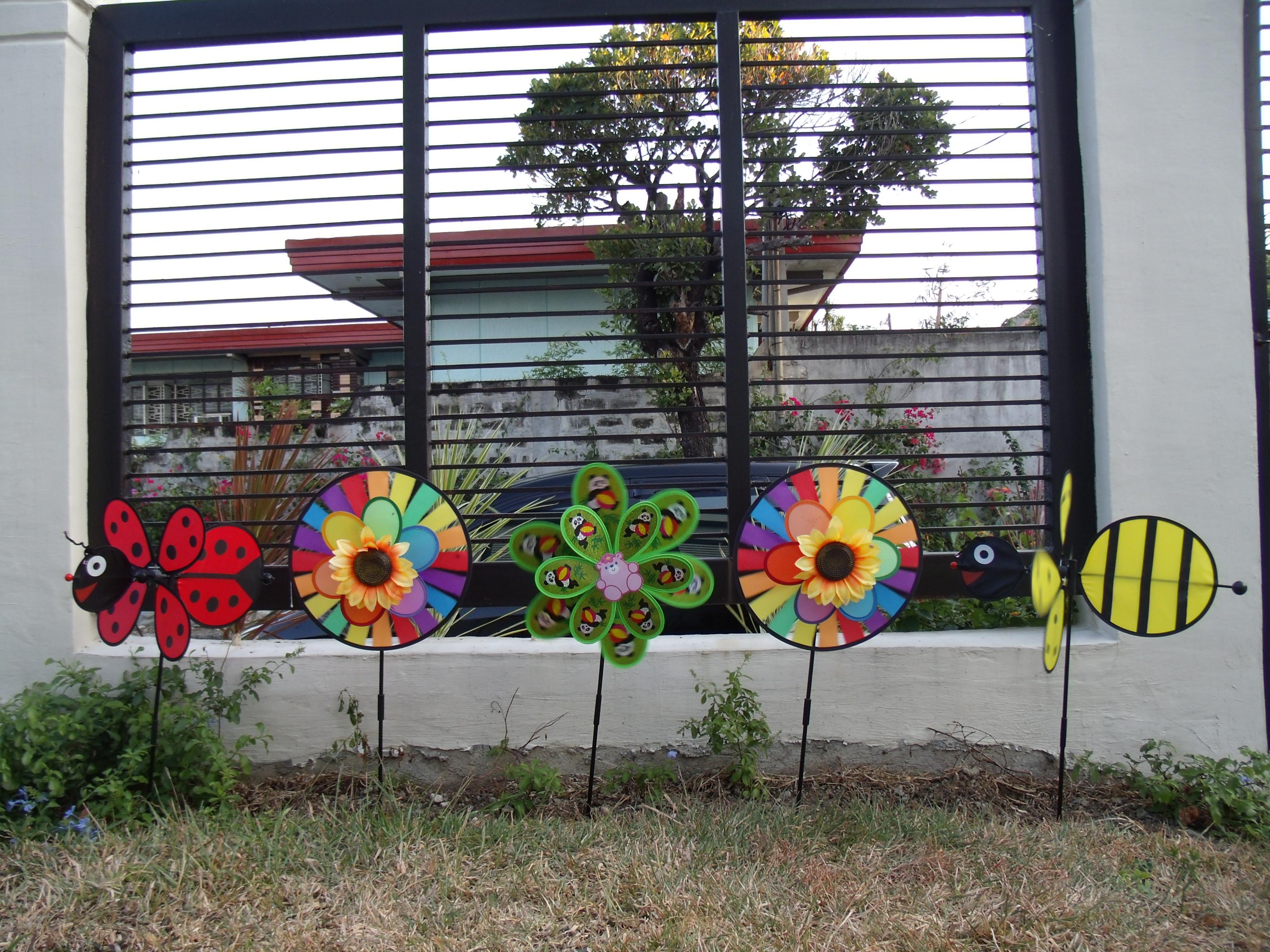 Our Pinwheel Garden Familia KiKi